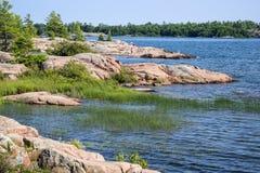 Skaliści brzeg Gruzińska zatoka Ontario -2 Fotografia Royalty Free