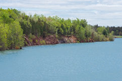 Skaliści banki Wazee jezioro Fotografia Stock