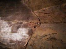 Skalista ściana w grocie obraz stock