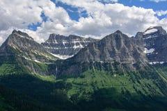 Skalista góra w lodowa parku narodowym, Montana usa Oberlin góra i działo góra Obraz Stock