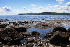 Skalista i Piękna Antrim linia brzegowa przy Cushendall zdjęcie royalty free
