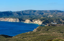Skalista linia brzegowa Agua Amarga Hiszpania Fotografia Royalty Free