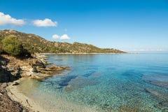 Skalista linia brzegowa pustyni des Agriates w Corsica Obraz Stock