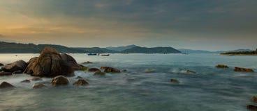 Skalista linii brzegowej Vung zwiania zatoka Wietnam Obrazy Royalty Free