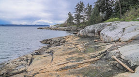 Skalista plaża w cieśninie Gruzja Obraz Royalty Free