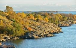 Skaliste wyspy w Helsinki archipelagu w morzu bałtyckim Obraz Stock