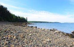 Skalisty brzeg Maine wpust fotografia royalty free