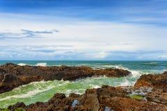 Skalisty brzeg Na Oregon wybrzeżu Fotografia Royalty Free