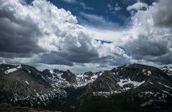skalisty góry lato Ponura śnieżna pogoda sztormowa w Kolorado Zdjęcia Royalty Free