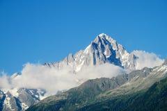 Skalisty szczyt w Alps obrazy royalty free