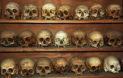 skallar för monks för greece meteorakloster Arkivbild