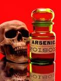 Skalle- & arsenikflaska Arkivfoto