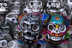Skallehuvuden i festligheter av dödaen av Mexico royaltyfri foto