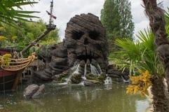 Skallen vaggar i Disneyland Paris Arkivbild