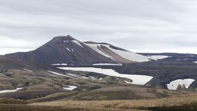 Поход Skalli - Landmannalaugar, короткий трек близко к горячие источники стоковое изображение rf