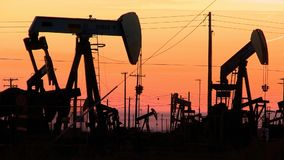 Skamieniałego paliwa energia, Nafciana pompa, Pumpjack, zbiory