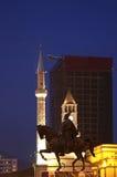Skanderbeg monument i Tirana albacoren arkivbilder
