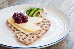Skandinavisch kernachtig brood stock afbeelding