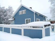 Skandinavisch privé huis Royalty-vrije Stock Afbeeldingen