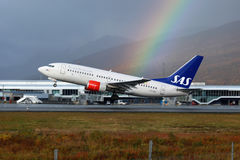 Skandinavische Fluglinien Boeing 737-700 Dämpfungsreglers Lizenzfreie Stockbilder