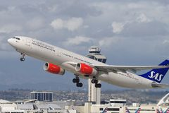 Skandinavisk flygbolagSAS flygbuss A330 royaltyfri fotografi