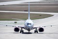 Skandinaviska flygbolag, SAS Boeing 737 taxi Arkivfoto