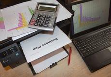 Skapa ett affärsplan Hur man skriver en mall för affärsplan Arkivbild