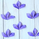 Skapa handgjorda blommor Workflow, hjälpmedel och material Royaltyfria Bilder