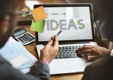 Skapa idérika idéer som tänker tankebegrepp arkivfoton