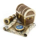 Skarb klatki piersiowej, mapy, cyrklowego i przyglądającego szkło, royalty ilustracja