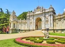 Skarbiec brama Dolmabahce pałac Besiktas okręg, Istan zdjęcia stock