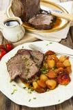 Skarv för steknötkött med stekgrönsaker Royaltyfri Foto