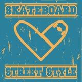 Skateboard τυπωμένη ύλη με έναν πίνακα υπό μορφή καρδιάς διανυσματική απεικόνιση