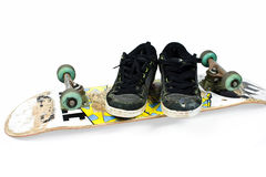 Skateboard en schoenen Royalty-vrije Stock Afbeeldingen