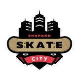 Skateboard fahren des Parklogos, Emblem Stockbilder
