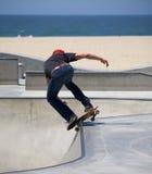 Skateboard fahren an Venedig-Strand Stockfotos