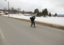 Skateboard in hoge snelheid. Stock Afbeeldingen