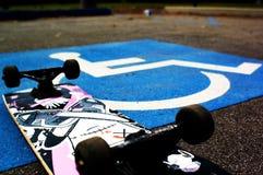 Skateboarder andicappato Fotografia Stock Libera da Diritti
