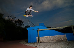 Skateboarder flying Royalty Free Stock Photography