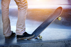 Skateboarder legs skateboarding Royalty Free Stock Photos