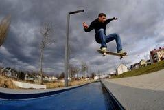 skateboarding Arkivfoton