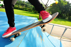 skateboarding royalty-vrije stock afbeeldingen