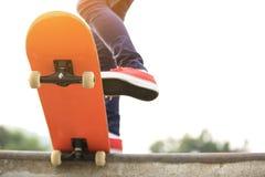 skateboarding stock afbeeldingen