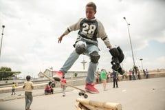Skateboarding i Addis Arkivfoto