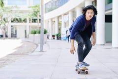 Skateboarding man Royaltyfria Foton