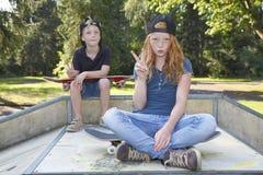 Skateboardkinder Lizenzfreies Stockfoto