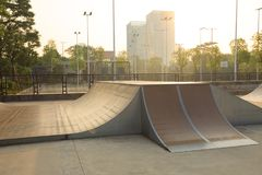 Skatepark ramp royaltyfri foto