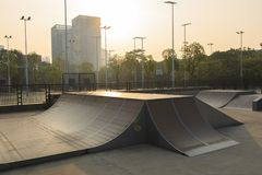 Skatepark ramp royaltyfri fotografi