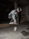 Skater doing 360 trick Royalty Free Stock Photography