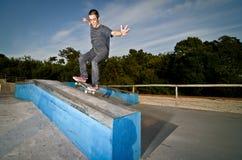 Skater en una rutina Foto de archivo